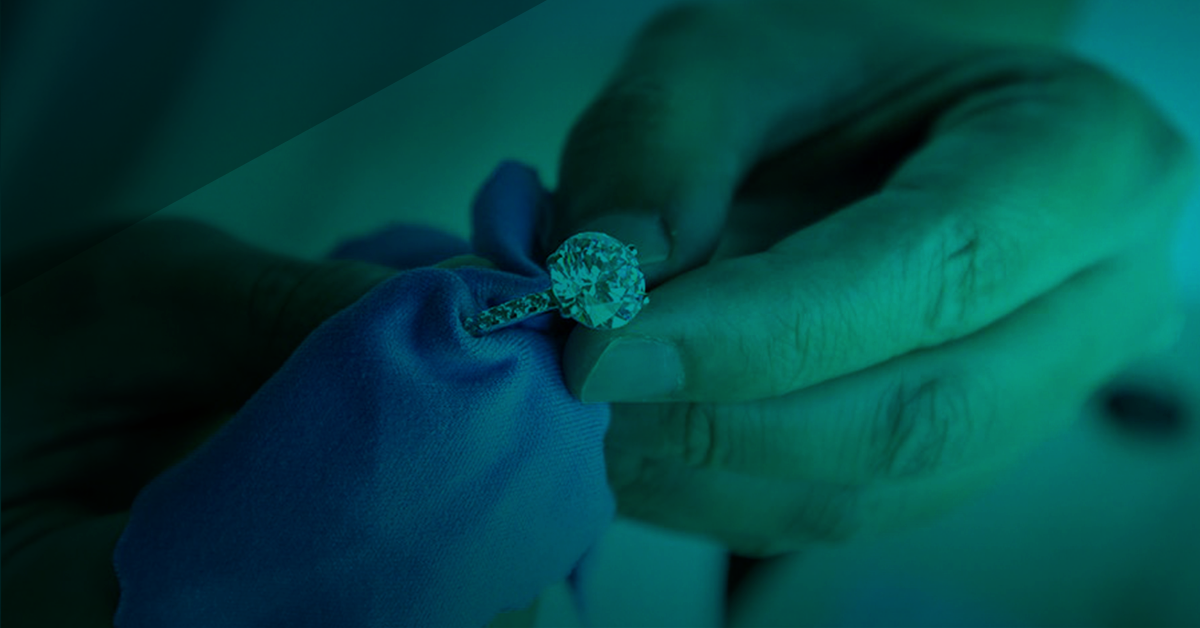 It's easy for jewelers to provide helpful jewelry care tips to customers
